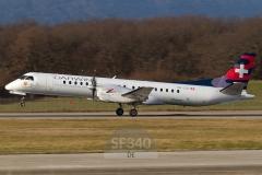 HB-IZH - Saab 2000 (2000-011) - Darwin Airline - 10.01.2014 - Genf (GVA/LSGG)